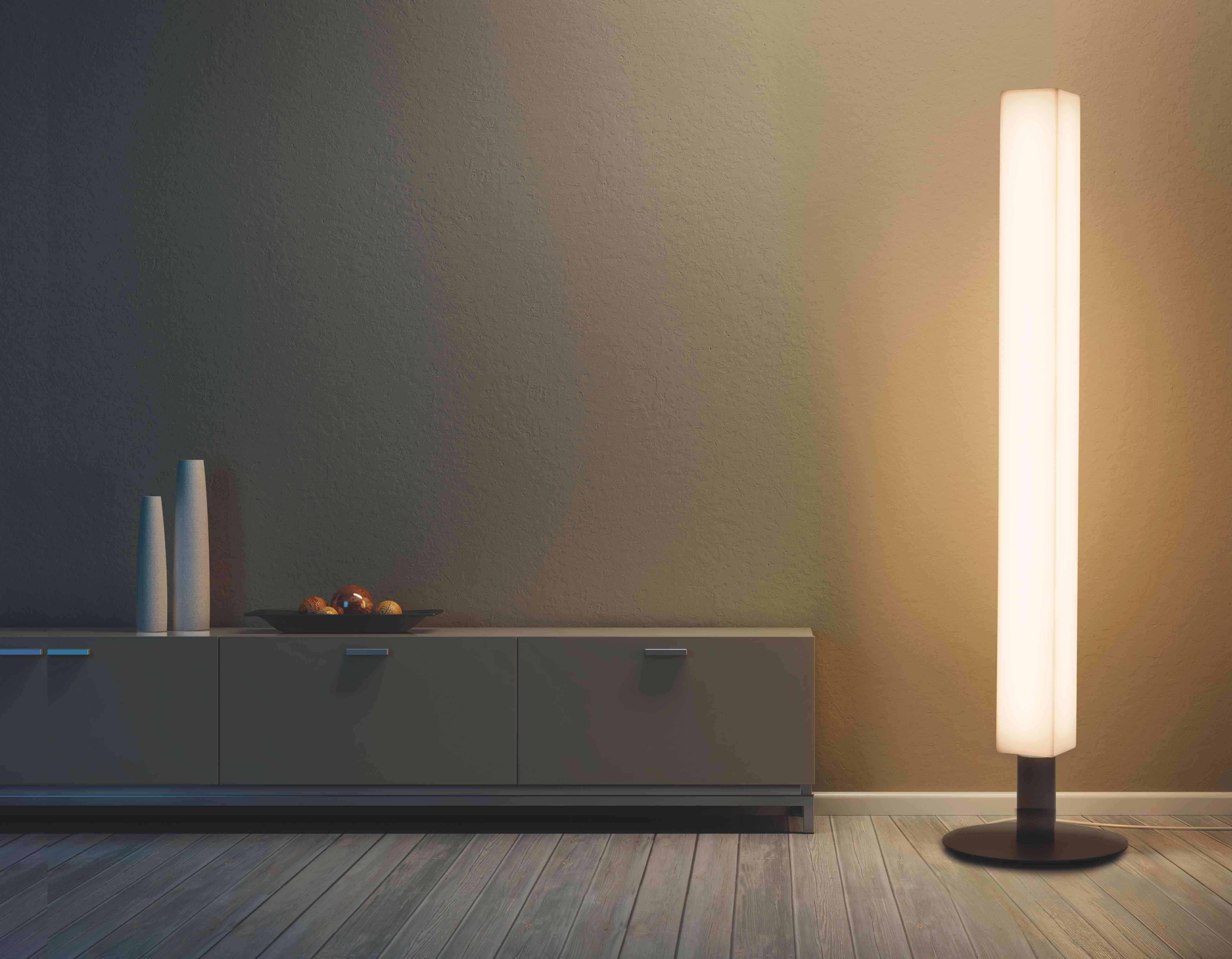 Lunocs Cube LED-verlichting met antraciet voetstuk brengt cachet in huis