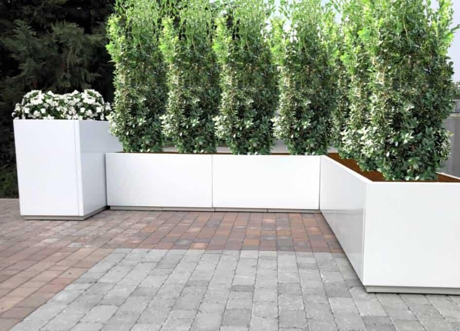 MiDomino Absolute bloembakken in gepoederlakt gegalvaniseerd staal kleuren het terras in