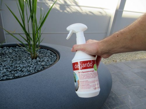 Kunststof oppervlak reinigen