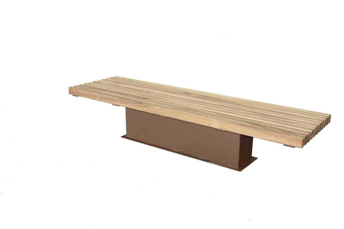 Tuinbank met strak design in gecoat metaal en hout.